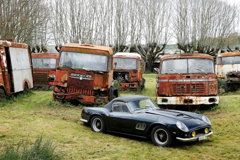 Ferrari 250 GT California SWB, Collection Baillon - © Artcurial