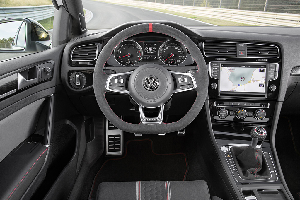 VW Golf GTI Clubsport (8)