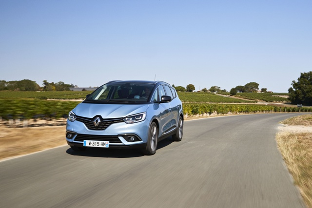 RENAULT GRAND SCENIC IV (RFA) - MOVING