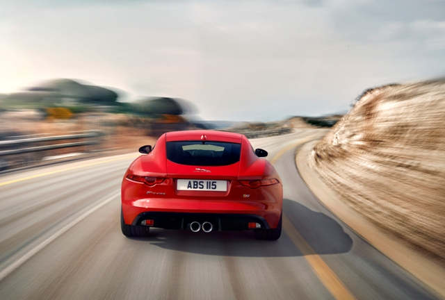 Jag_F-TYPE_S_Coup__Salsa_Image_201113_52