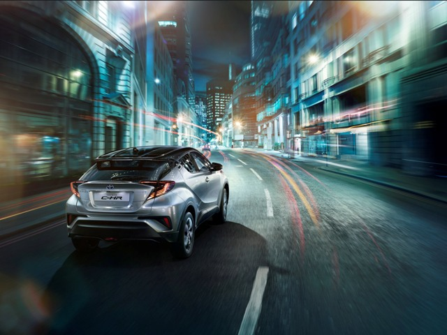 04_toyota_c-hr_mark